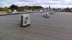 Groupe extérieur sur toit climatisation